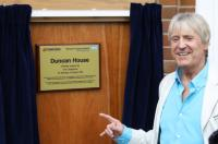 Duncan House opened by Joe Longthorne